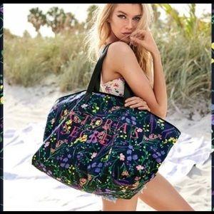 Victoria Secret Weekender zip Tote